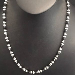 Navajo Pearls Sterling Silver Onyx Bead Necklace